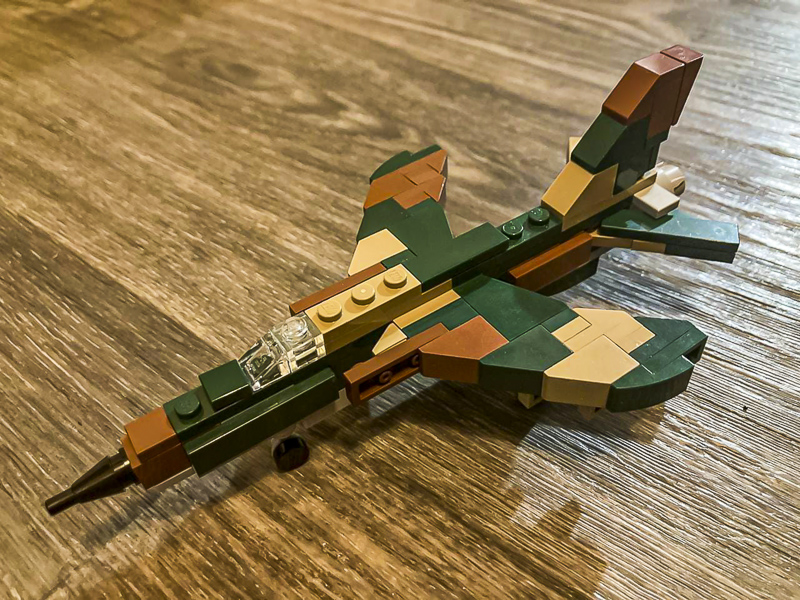 Picture of Lego F-105 model